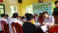 Bộ Chỉ huy Bộ đội Biên phòng tỉnh Bình Thuận khám bệnh, cấp thuốc miễn phí đối tượng chính sách trên địa bàn huyện đảo Phú Quý