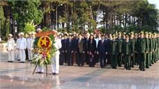 Bộ đội Biên phòng tỉnh Đắk Lắk tổ chức Lễ dâng hương tưởng niệm các anh   hùng liệt sĩ và tặng quà Bà mẹ Việt Nam anh hùng