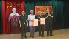 Viện Y học cổ truyền Quân đội khám bệnh, cấp thuốc miễn phí và trao quà tặng đối tượng chính sách tại xã Tân Ước, huyện Thanh Oai, thành phố Hà Nội