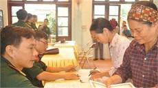 Ban CHQS huyện Tân Yên và Ban CHQS huyện Lục Ngạn/Bộ CHQS tỉnh Bắc Giang chi trả trợ cấp đối với đối tượng được hưởng chế độ  theo Quyết định số 49/2015/QĐ-TTg của Thủ tướng Chính phủ