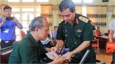 Thủ trưởng Tổng cục Chính trị thăm, tặng quà  Trung tâm Điều dưỡng người có công với cách mạng tỉnh Phú Thọ