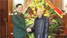 Đồng chí Đại tướng Ngô Xuân Lịch thăm, chúc Tết nguyên Tổng Bí thư Lê Khả Phiêu