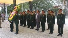 Bộ Tư lệnh Quân khu 4 tổ chức tri ân các anh hùng liệt sĩ, gia đình chính sách và người có công với cách mạng