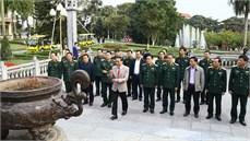 Bộ Tư lệnh Quân khu 1 dâng hương tưởng niệm Chủ tịch Hồ Chí Minh và các anh hùng liệt sĩ
