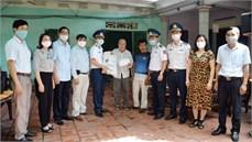 Các cơ quan, đơn vị thuộc Bộ Tư lệnh Cảnh sát biển tặng quà các gia đình chính sách, ngư dân có hoàn cảnh khó khăn