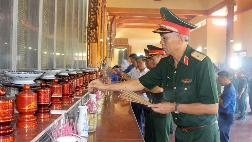 đoan Cong Tac Bộ Tư Lệnh Quan Khu 4 Tổ Chức Hoạt động đền ơn đap Nghĩa Tren địa Ban Huyện Diễn Chau Tỉnh Nghệ An