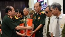 Bộ Quốc phòng gặp mặt Đoàn đại biểu người có công với cách mạng tỉnh Thái Bình và Trà Vinh