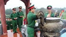 Sư đoàn 968/Quân khu 4 tổ chức cho chiến sĩ xuất ngũ năm 2018 dâng hương tại Thành Cổ Quảng Trị
