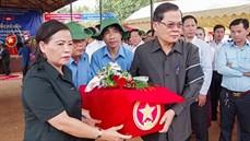 Tỉnh Rattanakiri (Vương quốc Campuchia) tổ chức Lễ tiễn đưa hài cốt liệt sĩ quân tình nguyện và chuyên gia Việt Nam về nước