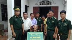 Bộ Chỉ huy BĐBP tỉnh Nghệ An trao tiền hỗ trợ xây dựng nhà tình nghĩa tặng gia đình chính sách tại huyện Diễn Châu