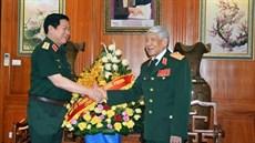 Đồng chí Đại tướng Ngô Xuân Lịch thăm, chúc sức khỏe các đồng chí nguyên lãnh đạo Đảng, Bộ Quốc phòng