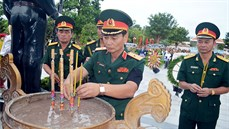 Tỉnh An Giang tổ chức Lễ truy điệu và an táng 168 hài cốt liệt sĩ tại Nghĩa trang liệt sĩ Dốc Bà Đắc