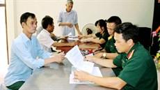 Ban CHQS huyện Tam Nông/Bộ CHQS tỉnh Phú Thọ chi trả trợ cấp đối với đối tượng tham gia kháng chiến